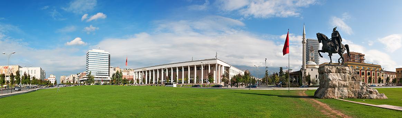 Tirana (Querformat)